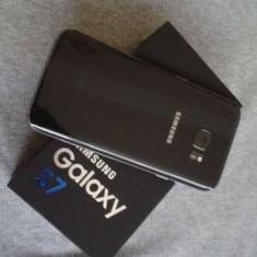 Vand Samsung Galaxy Black S7, rezistent la apa, nou nout - Telefon Samsung, Negru, 32GB, Neblocat, Single SIM