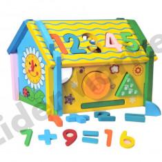 Casuta din lemn cu forme geometrice si ceas - Jocuri Forme si culori