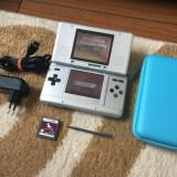 Nintendo DS + Husa protectie + 2 jocuri + stilou + incarcator