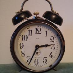 Ceas desteptator mecanic de masa vechi, GSD, romanesc, 4 jewels,