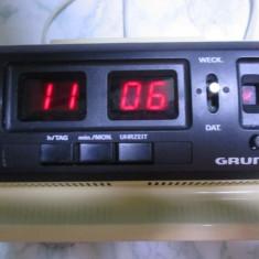 ceas electronic grundig vechi anii 70 functional