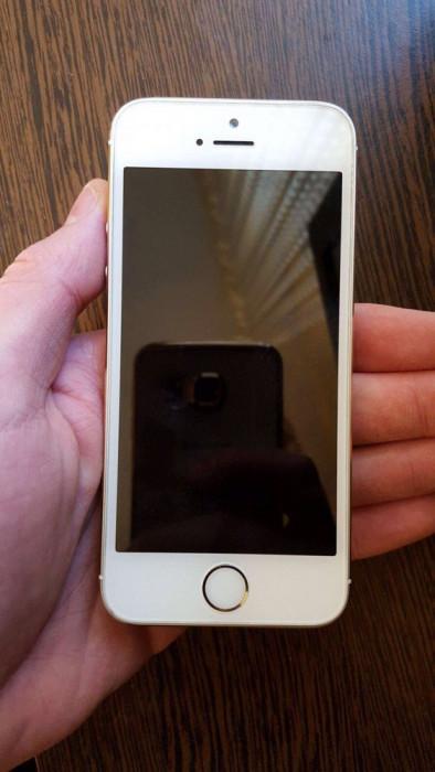 iPhone 5S foto mare
