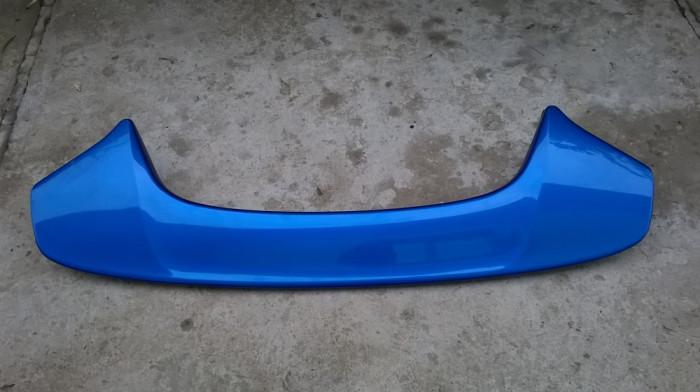 Eleron spoiler capota haion tuning  albastru  cu stop frana  135 cm lungime