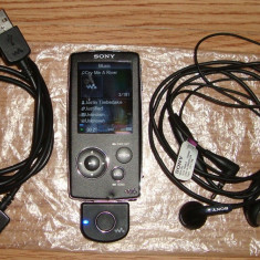 Mp3 Player Sony Walkman 8GB NWZ-816 + Adaptor Bluetooth, Negru