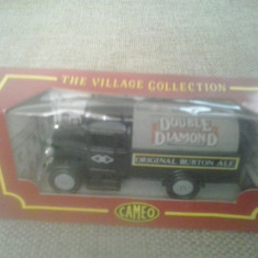 Corgi Cameo Village Collection - Double Diamond - Macheta auto 1: 64
