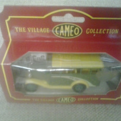 Corgi Cameo Village Collection - Dorothy Holbrook - Macheta auto 1: 64
