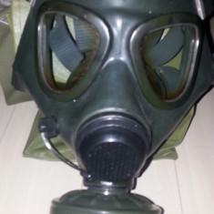 Masca de gaze Militara model 85 cu geanta (stoc de razboi) noua