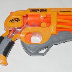Pistol NERF Doomlands Persuader cu 4 tevi - Pistol de jucarie Hasbro, 4-6 ani, Plastic, Unisex