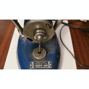 RI - Carcasa mai veche motor tehnica dentara / stomatologie / acum veioza Italia