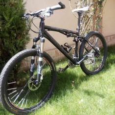Cube full suspension - Mountain Bike Cube, 18 inch, 26 inch, Numar viteze: 27