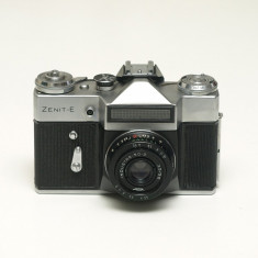 Zenit E + Industar 50-2 - Aparat Foto cu Film Zenit