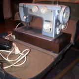 Masina de cusut veche ani 70 - FUNCTIONEAZA PERFECT