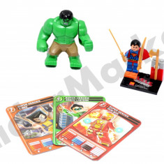 Set Supereroi, figurina Hulk + joc de constructie Superman