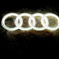 Emblema LED Audi Frontala A2 A3 A4 A5 A6 A7 A8 Q5 Q7 etc - Logo Marca