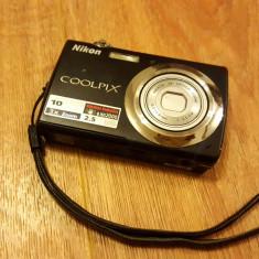 Aparat foto Nikon Coolpix S220 - 99 lei - Aparat Foto compact Nikon, Compact, 10 Mpx, 3x, 2.5 inch