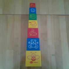 Gowi, Happy Play, cuburi suprapuse