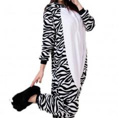 PJM2-1122 Pijama intreaga kigurumi, model Zebra - Pijamale dama, Marime: M, Multicolor
