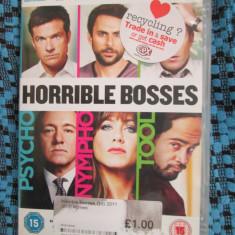 HORRIBLE BOSSES (1 DVD ORIGINAL cu JENNIFER ANISTON si KEVIN SPACEY), Engleza