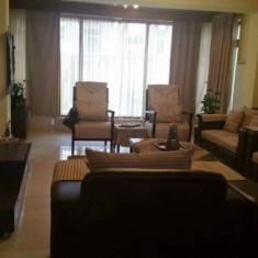 Casa delux 3 etage de inchiriat - Casa de inchiriat, Numar camere: 7, 390 mp, Suprafata teren: 470