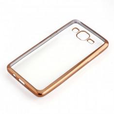 Husa Samsung Galaxy J3 2016 TPU Margine Gold - Husa Telefon Samsung, Auriu, Gel TPU, Fara snur, Carcasa