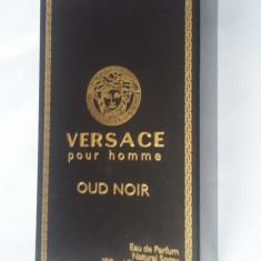 Versace Pour Homme Oud Noir Eau De Parfum pentru barbati, 100 mL - Parfum barbati Versace, Apa de parfum