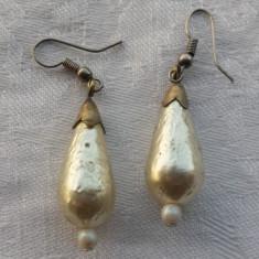 Cercei vechi cu perle de cultura Model Lacrima Vintage executati manual de Efect