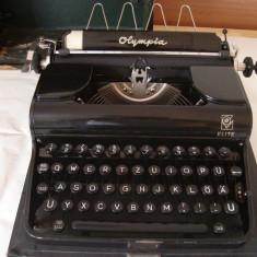 Masina de scris OLIMPIA ELITE