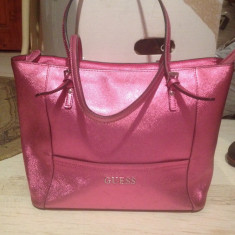 Geanta guess colectia actuala 750 in magazin stare excelenta roz turbat - Geanta Dama Guess, Geanta de umar, Asemanator piele, Medie