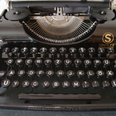 Masina de scris OLIMPIA SIMPLEX