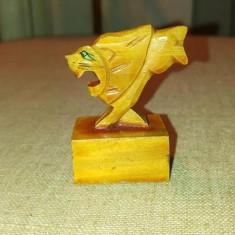 Ascutitoare din lemn, leu, 4x5cm, colectie, epoca comunista anii '80, China