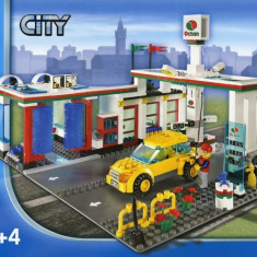 LEGO 7993 Service Station - LEGO City