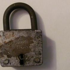 GE - Lacat vechi deschis fara cheie PRODCOMPLEX Targu Mures Romania - Metal/Fonta