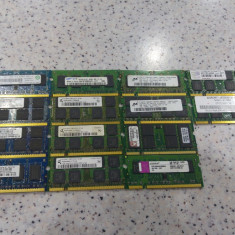 Lot 14 memorii laptop 1Gb ddr2 667Mhz si 800Mhz, se vand la pretul final. - Memorie RAM laptop Kingston, Dual channel