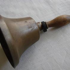Impresionant clopot din bronz - patina de secol 19