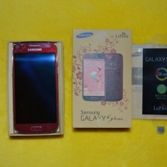 Samsung Galaxy S4 mini La fleur - Telefon mobil Samsung Galaxy S4 Mini, Negru, Neblocat, Single SIM
