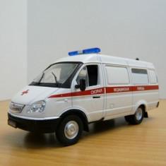 LOT 19 - Machete GAZ-32214 + Panoz Esperante GTR-1 scara 1:43 - Macheta auto