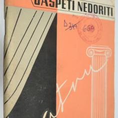 In octombrie si oaspeti nedoriti - A. Ulianinski si Ilia Norin - 1959 (teatru) - Carte Teatru