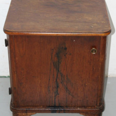 Noptiera Vintage din lemn masiv; Dulap; Comoda mica; Dulapior, 1900 - 1949