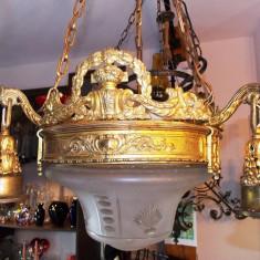 Superb candelabru vechi EMPIRE - bronz + opalina originala de cristal, Lustre