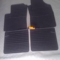 Covorase/presuri fiat 500 sau fiat 500c din cauciuc negru