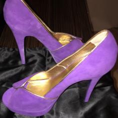 Pantofi - Pantof dama Yves Saint Laurent, Culoare: Mov, Marime: 40