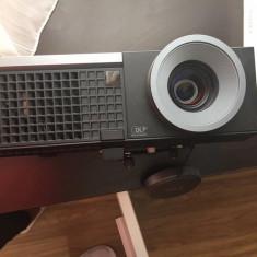 Videoproiector dell 4210 cu telecomanda