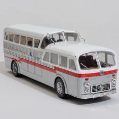 Macheta autobuz PEGASO Z - 403 MONOSCOCCA - 1951 scara 1:43
