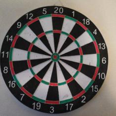 Joc DARTS, dartboard, panou, cu sageti