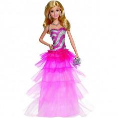Jucarie Papusa Barbie in rochie roz cu volanase BFW18 Mattel