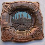 Frumoasa piesa din metal cuprat cu cladiri importante din Hamburg - Metal/Fonta, Ornamentale