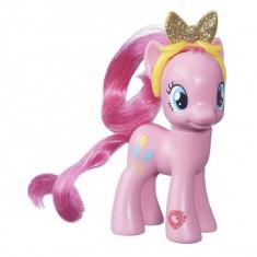 My little pony Figurina Pinkie Pie cu cordeluta B6374 Hasbro