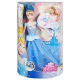 Papusa Cenusareasa cu rochie care se invarte CHG56 Mattel, 4-6 ani, Plastic