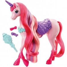 Unicornul Barbie - Regatul parului fara de capat DHC38 Mattel - Papusa