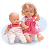 Jucarie Papusa Nenuco cu surioara Famosa, 2-4 ani